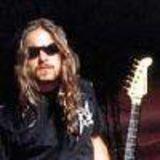 Chitaristul Sepultura in conflict cu Max Cavalera