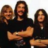 Rush amana lansarea compilatiei