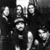 Dream Theater vand un set de tobe