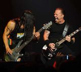 Geaca Metallica pentru skateri (foto)