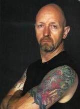 Cumpara doua colinde de Craciun semnate Rob Halford (Judas Priest)