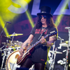 Poze Concert incediar la final de iunie: Slash feat. Myles Kennedy & The Conspirators la Arenele Romane (User Foto)