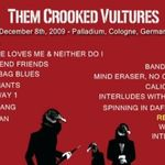 Urmareste integral un concert Them Crooked Vultures