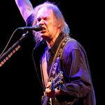 Neil Young a castigat primul trofeu Grammy din cariera