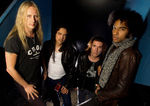 Alice In Chains invita fanii la concurs