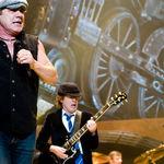 AC/DC stabilesc un nou record in Australia