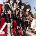 Kiss discuta despre eroii din muzica (video)