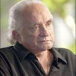 Johnny Cash revine in topuri 'din mormant'