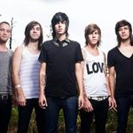 Sleeping With Sirens - Alone featuring MGK (videoclip nou)