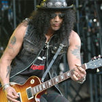 Slash crede ca Chinese Democracy este albumul perfect pentru Axl Rose