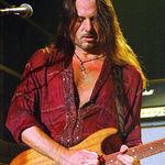 Reb Beach (Whitesnake): Kirk Hammett este un chitarist groaznic. Suna ca un incepator