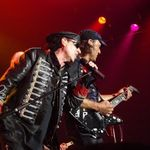 Scorpions au in plan un ultim CD/DVD live