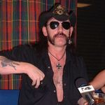 Lemmy Kilmister si Courtney Love au cantat alaturi de Camp Freddy (Video)