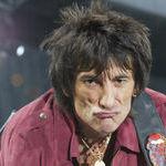 Ronnie Wood, chitaristul Rolling Stones, a fost mentorul lui Slash