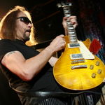 Ace Frehley si Steven Andler au fost invitati la Sober House with Dr Drew (Video)