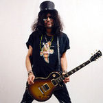 Slash a fost intervievat de Bruce Dickinson