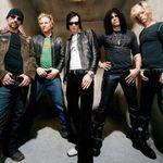 Slash discuta despre plecarea lui Scott Weiland