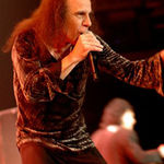 Ronnie James Dio va fi comemorat la sfarsitul lunii mai