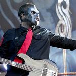 Pastile si seringi gasite pe patul basistului Slipknot