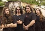 Six Feet Under anunta noi concerte in Europa