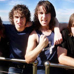 Chitaristul Airbourne a fost intervievat la Download 2010 (video)