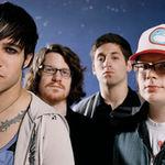 Basistul Fall Out Boy formeaza o noua trupa