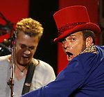 Van Halen prelungeste contractul cu Warner/Chappell