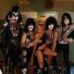 Lady Gaga a mers la un concert Kiss (foto)