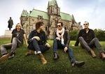 Solistul Stone Temple Pilots a cazut de pe scena (video)