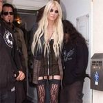Solista The Pretty Reckless este piromana