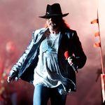 Ce parere au fanii despre Axl Rose si Guns N Roses (video)