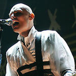 Billy Corgan canta o noua piesa Smashing Pumpkins (video)