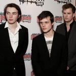 White Lies canta noile piese in prima auditie la Londra