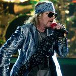 Guns N' Roses au intarziat o ora la concertul din Londra