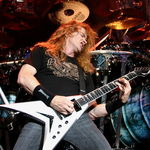 Dave Mustaine a mers la bordel alaturi de Glenn Tipton (Video)