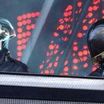 Daft Punk au urcat pe scena cu Phoenix (video)