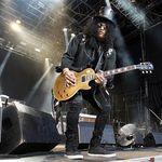 Noul videoclip al lui Slash este intr-un final disponilbil