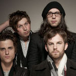 Kings Of Leon sunt palmuiti la Late Night With Jimmy Fallon (video)