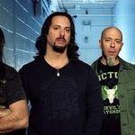 Cine este noul tobosar Dream Theater? (video)