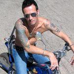 Duff McKagan: Noul solist Velvet Revolver trebuie sa fie mai bun decat Scott