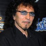 Tony Iommi continua sa lucreze la noul material