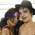 Pete Doherty vrea sa il coopteze pe Carl Barat pentru Babyshambles