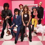 New York Dolls lanseaza un nou album