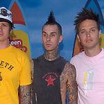 Blink-182 lucreaza la