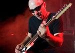 John Petrucci a cantat alaturi de Joe Satriani (video)