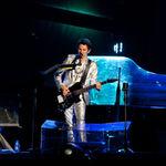 Muse nu au primit interdictie in Australia dupa incidentul cu tigara