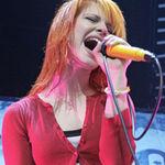 Hayley Williams neaga zvonurile despre destramarea Paramore