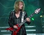 Chitaristul Judas Priest discuta despre terenul sau de golf (video)