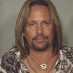 Vince Neil este din nou condamnat la inchisoare