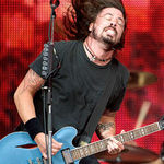 Filmari cu Foo Fighters de la concertul secret